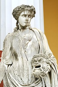 estatua-de-una-musa-melpomene-28586908(1)